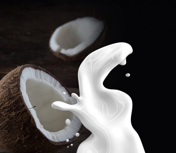 leche de coco beneficios